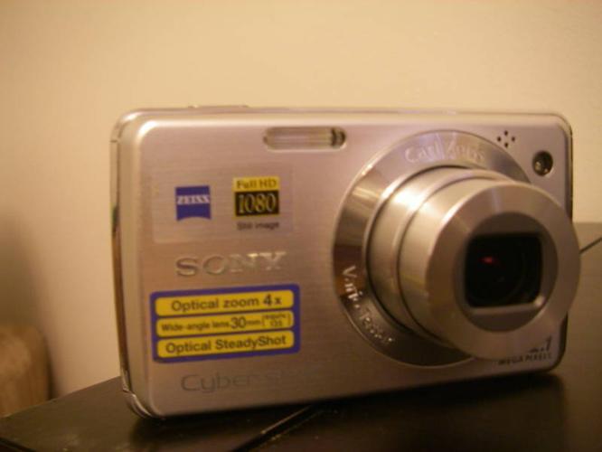 12.1 Pixel Sony Cyber Shot