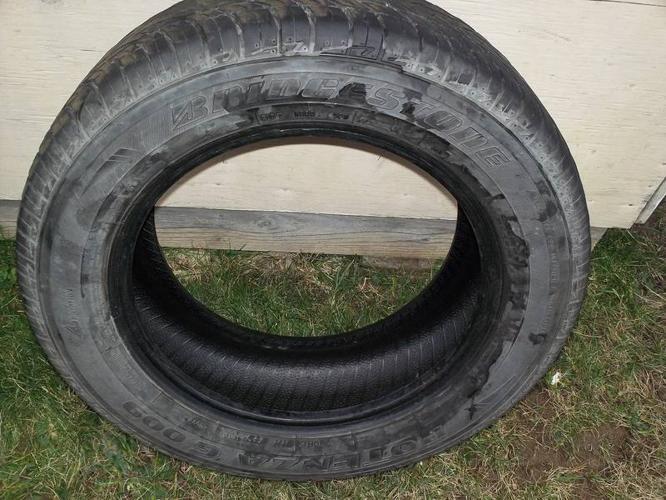 1 - 1956015 Bridgestone All Season Tire