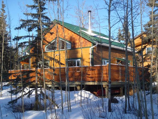 Escape to an efficient 2014 small home in the Yukon