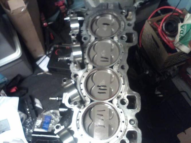 Honda B16/B18C Built Engine For Boost, AEM water meth, Manifold