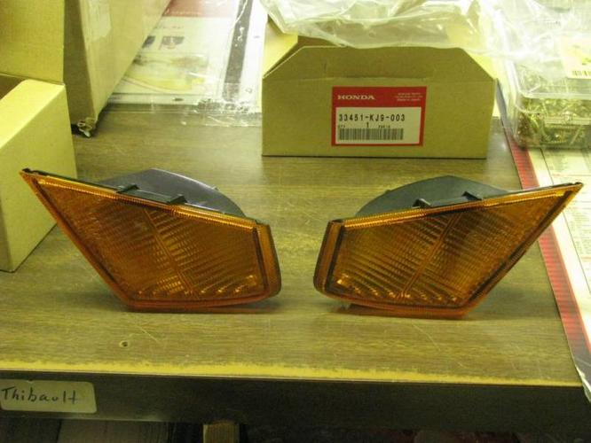 Turn signals and Headlight CH125