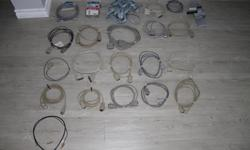 I got many computer cables for sale as you can see on the photos. Some are new. It's all extra equipment I had. With various plug in.