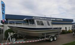 This 2017 THUNDERJET PILOT 25? comes powered by Twin Yamaha F150XB's and packaged with an EZ Loader trailer. Factory options include: *Washdown System w/Hose Receptacle *Aux Steering *LED Flood Lights *Rod Holders *Net Holders *Starboard Transom Door