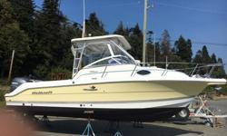 Year 2004 Wellcraft Coastal 250,Yamaha 225hp only 173 hours,one owner,hardly used,brand new enclosure,brand new tandem axle trailer with electric over hydraulic disc brakes,new Garmin GPS fishfinder,VHF,stereo,electric windlass,nice and spacious below